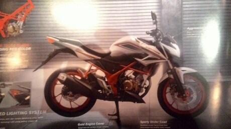 Hott...Honda Merilis all new CB150R SE..Dengan Banderol Naik 1 Juta !!