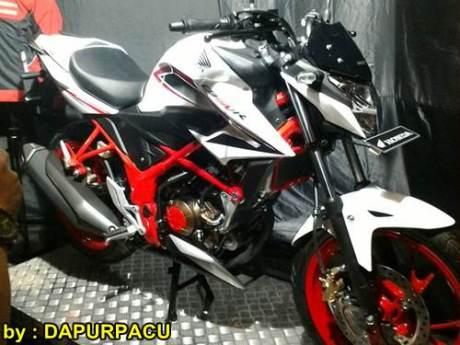 Hott...Honda Merilis CB150R SE..Dengan Banderol Naik 1 Juta !!