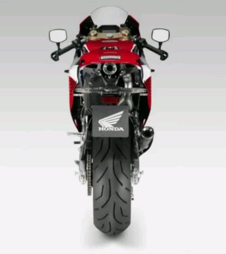 Tampak-belakang-Honda-RC213V-S