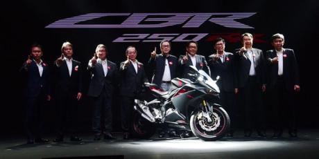 Honda-CBR250RR-dua-silinder