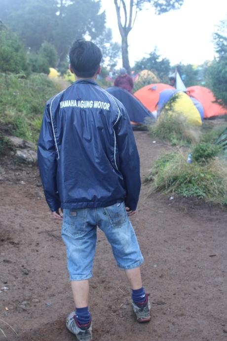 Jaket Yamaha..wkwkwk
