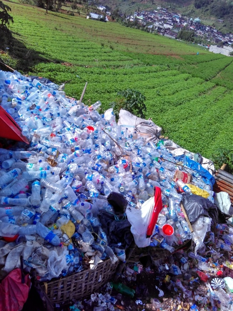 sampah-pendaki-gunung