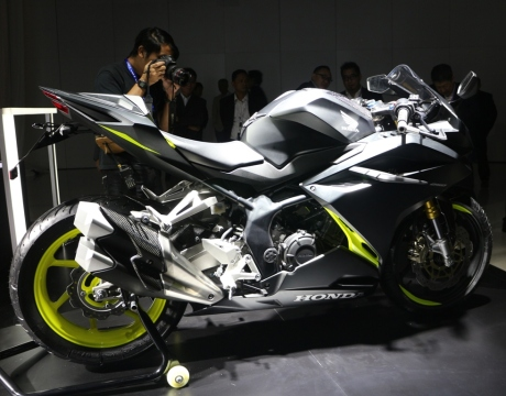all-new-honda-cbr250RR-modif