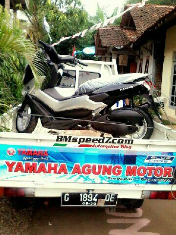 Yamaha-Nmax-155-non-abs-warna-hitam-metalik