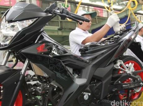 Honda-sonic-150R-Aggresso-Matte-Black
