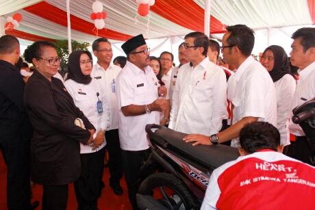 Honda-baet-pemberian-AHM-ke-SMK-istimewa