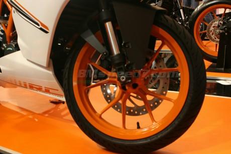 pelek-KTM-RC390