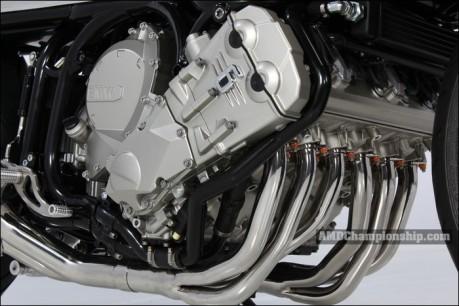 Mesin 6 Silinder segaris BMW