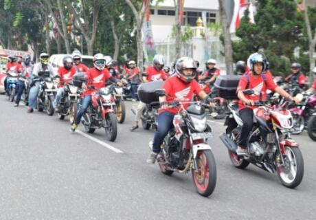 Komunitas Honda CB150R Streetfire ramaikan HBD 2015
