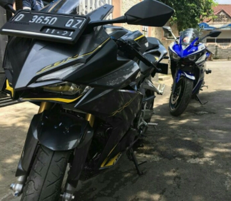 Honda CBR250RR Vs Yamaha R25 Pict : Alexwilliam