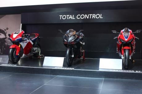 Line up Motorsport fenomenal Honda