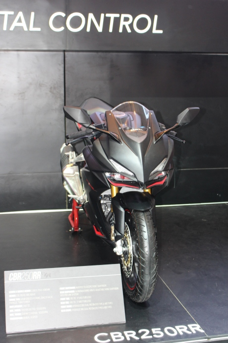 All New Honda CBR250RR Black Matte at IMOS 2016