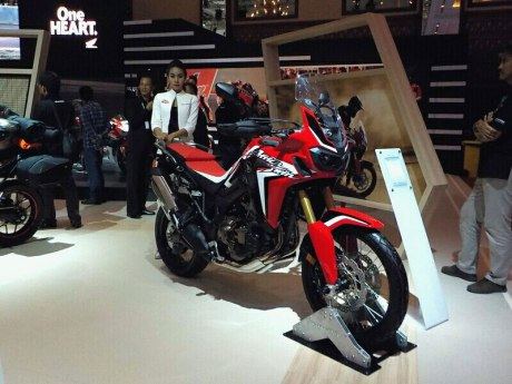 Honda CRF1000Lat Africa Twin at IMOS 2016