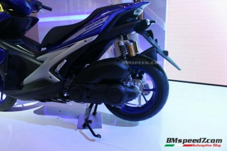 Yamaha Aerox 155 type Sport (R) pakai Sok tabung