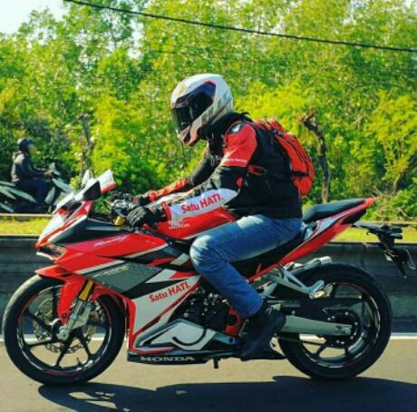 Konsumen Honda CBR250RR yang beruntung diajak Touring di Bali