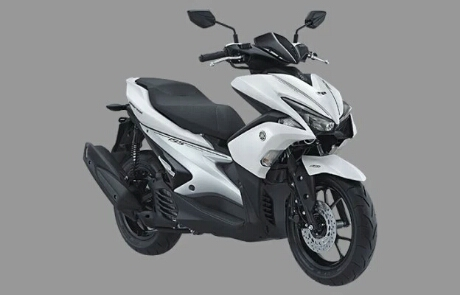 Foto studio Yamaha Aerox 155 warna putih