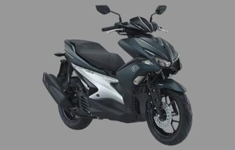 Foto studio Yamaha Aerox 155 warna hitam doff/hitam pekat