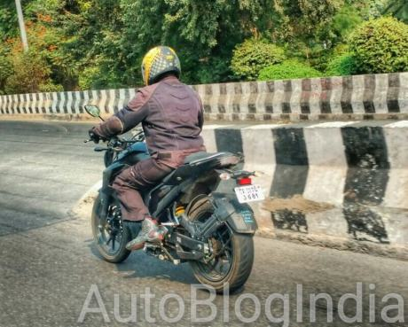 yamaha-mt-25-fz-250-india-spyshots-bmspeed7-com_