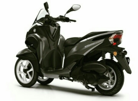foto studio Yamaha Tricity 155